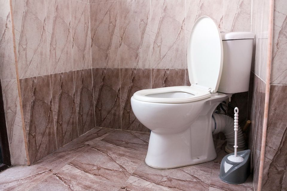 How to remove stains from toilet bowl more effectively!
