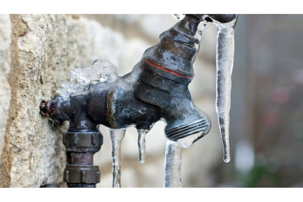 what to do when pipes freeze