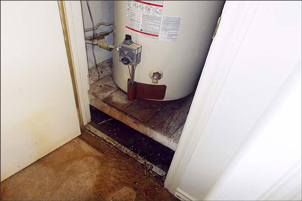 Is Your Hot Water Heater Leaking From Overflow Pipe