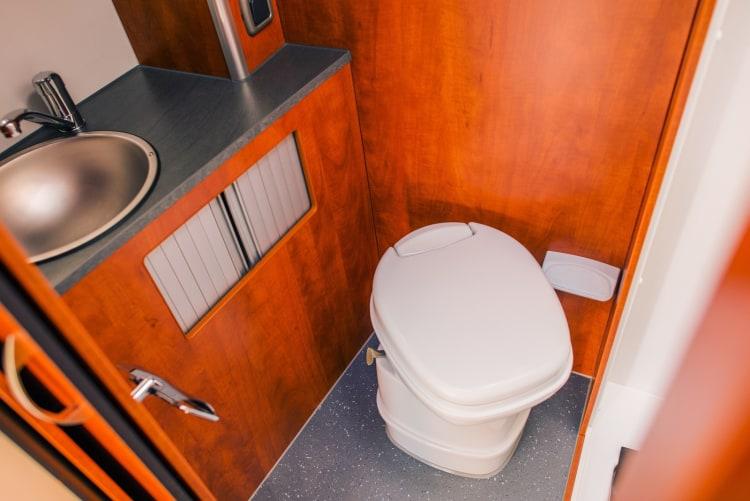 RV portable toilet